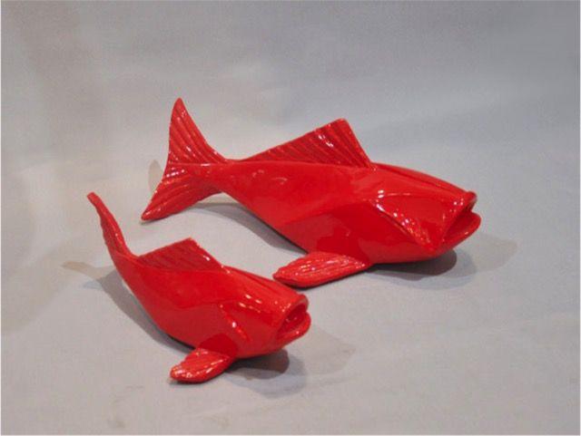 Sculpture laqu e rouge petit poisson sculpture r sine for Peinture resine deco