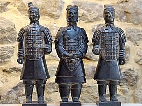 soldats de xian en terre cuite vernie, trois guerriers - SCULPTURES / Céramiques
