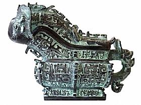 Carafe en bronze, Dragon chèvre - SCULPTURES / Bronzes